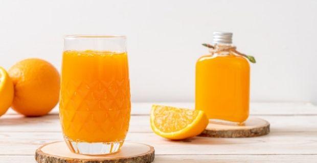 Comment faire un jus d'oranges sans presse-agrumes ?